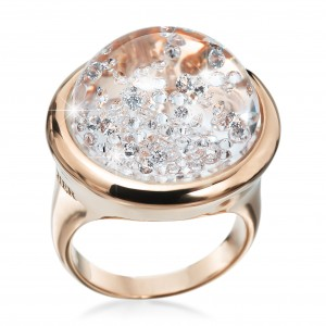 Classic Stars 18kt rosé gold with 0.60 ct brilliants inside the dome. Image courtesy of Royal Asscher.