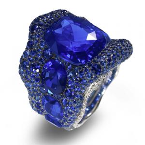 102877-Vagabonde-Bleue-sapphire-Ring-_NOMARK_400
