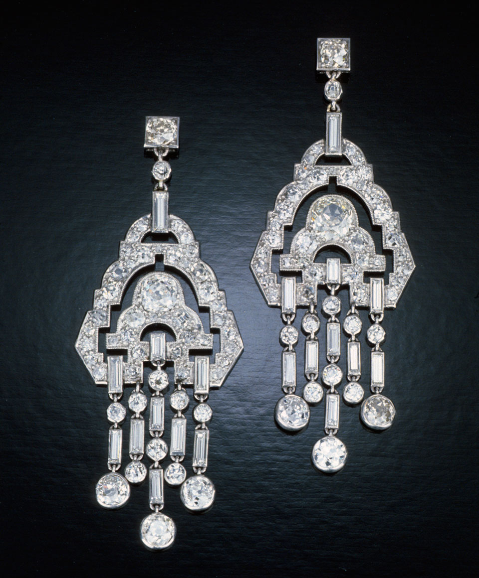 The classic chandelier earring gets a modern makeover aloadofball Images