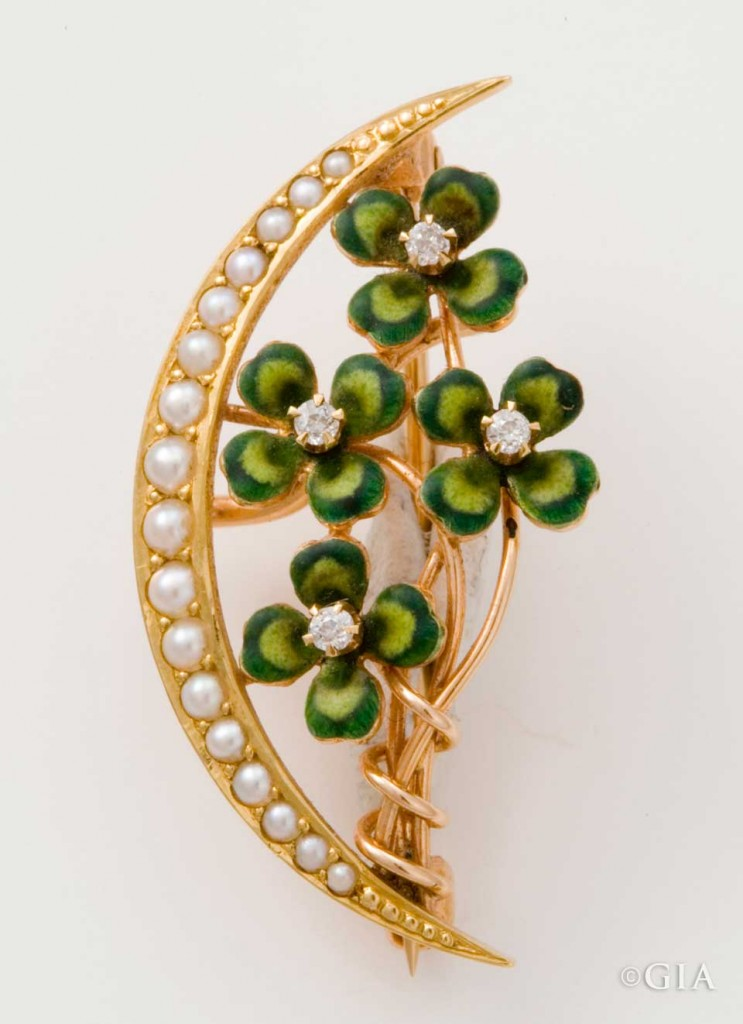 Late Victorian Clover