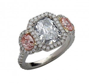 This radiant cut diamond looks great in a halo setting. Courtesy: Vivid Diamonds and Jewelry.