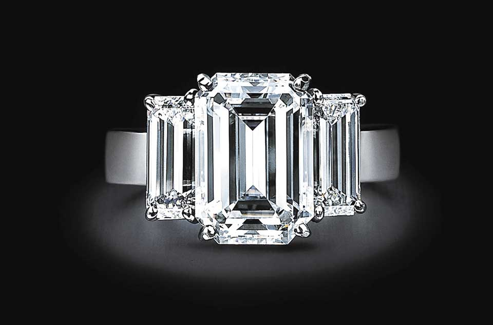 Courtesy De Beers Diamond Promotion Service
