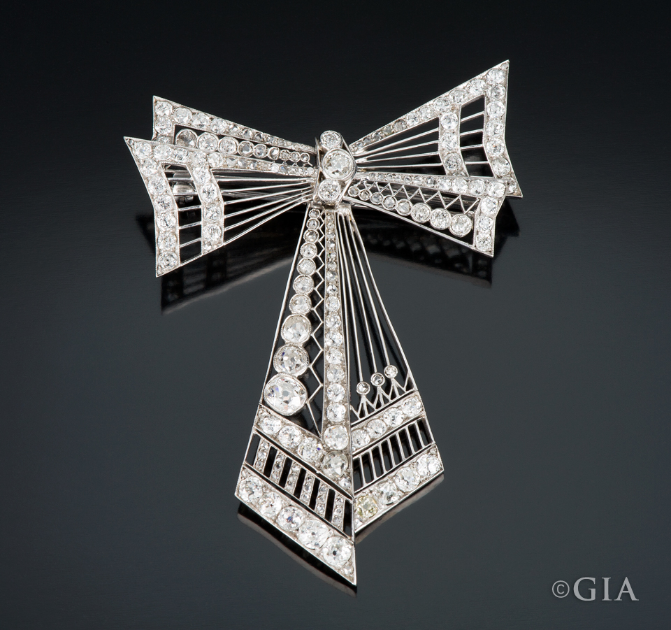Art Deco platinum and diamond brooch. Photo by Kevin Schumacher/GIA, courtesy Vivid Diamonds and Jewelry.