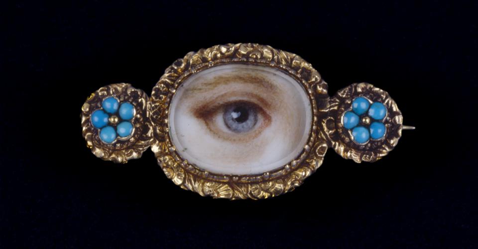 Antique-jewelry-eye