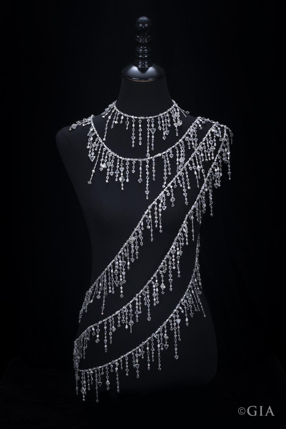 Diamond-Necklace-by-Diarough