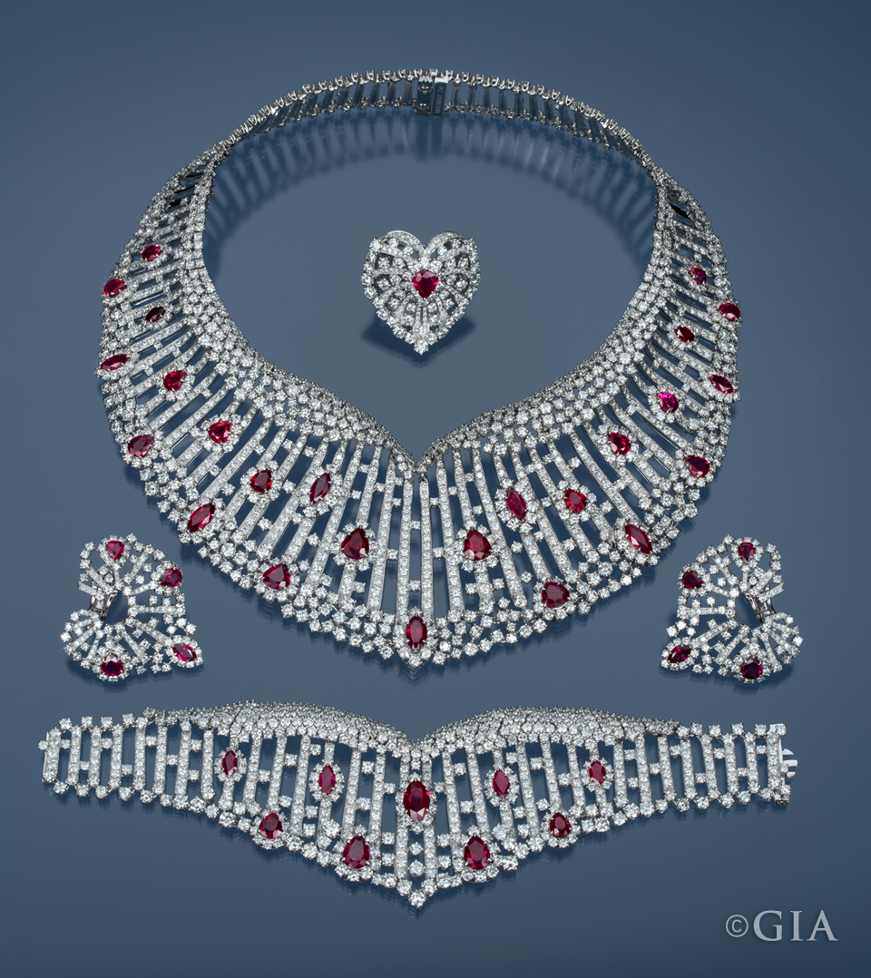 Regal-diamond-and-ruby-suite-by-Mouawad