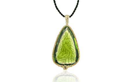 Famous Birthstones: Peridot – The Green Goddess