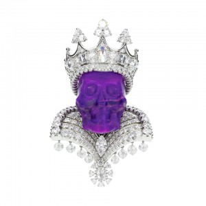 """""""Savor life to the fullest15"""" is the message of Victoire de Castellane for Dior Joaillerie's 2009 Reines et Rois Haute Joaillerie collection made from platinum, diamonds and colored stones. The King of Sugilite pendant is one of 10 pendants (kings) and 10 rings (queens). Courtesy: 1stdibs.com"""