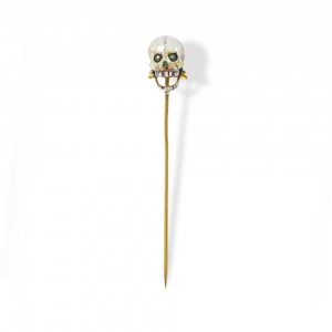 The dead return to life in Cadet-Picard's gold and enameled stick pin from 1867: the eyes move and the jaws open and close12. © Victoria and Albert Museum, London.