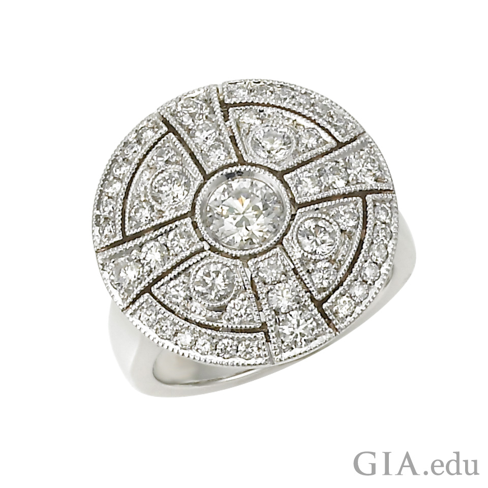 14K white gold ring set with near colorless diamonds.