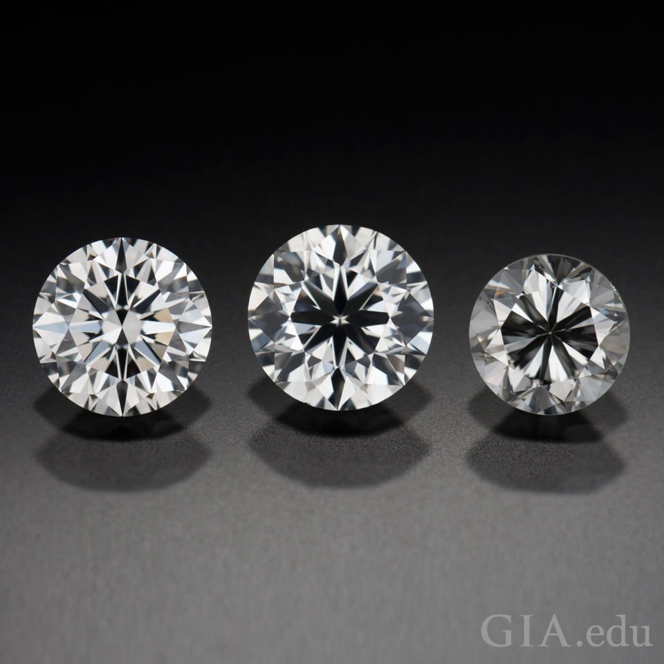 3 round diamonds