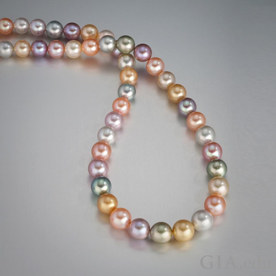 真珠の品質:天然色の養殖真珠