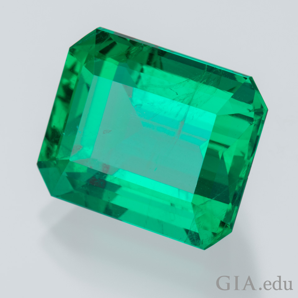 20th wedding anniversary gemstone 9.29 ct emerald