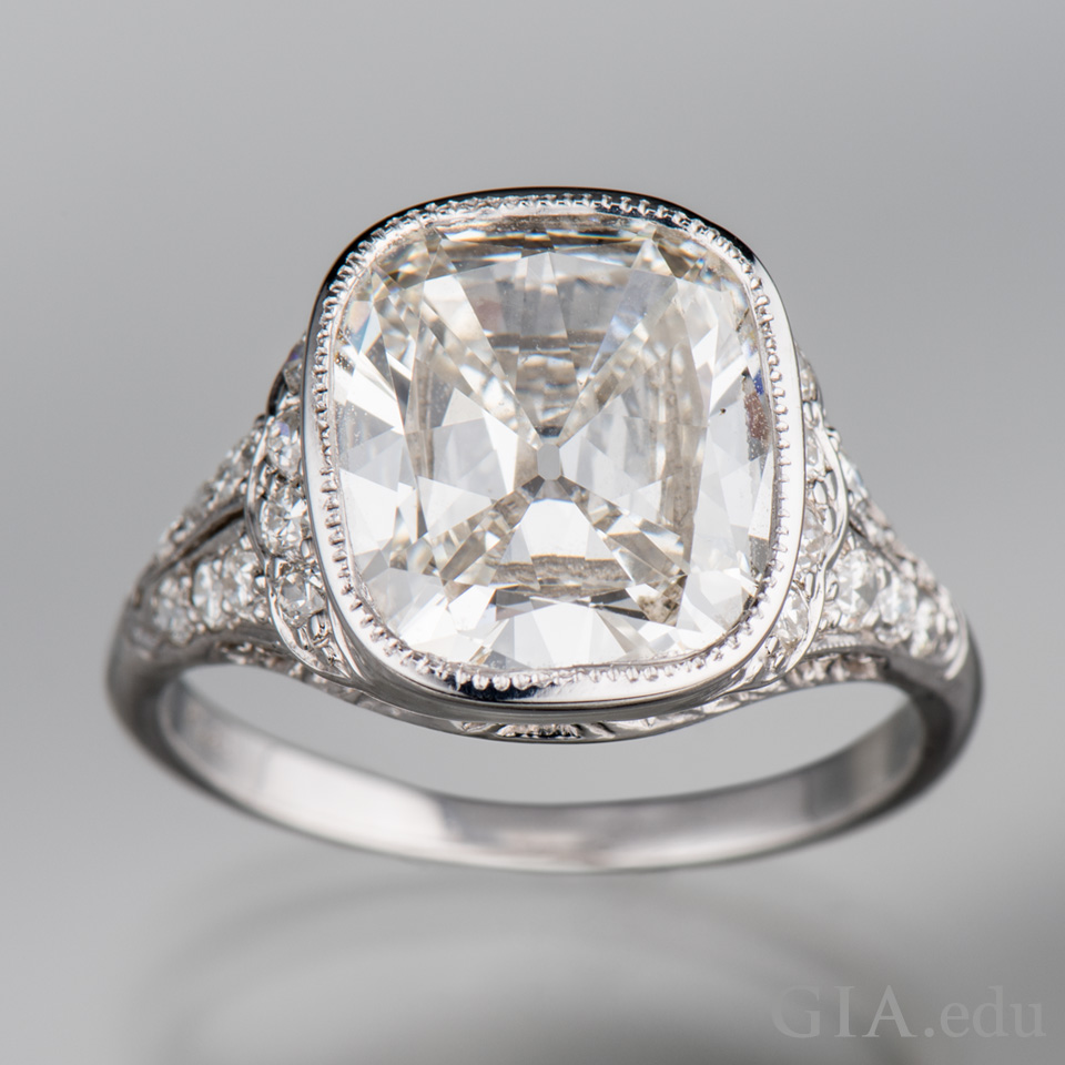 Using Old Diamonds New Ring