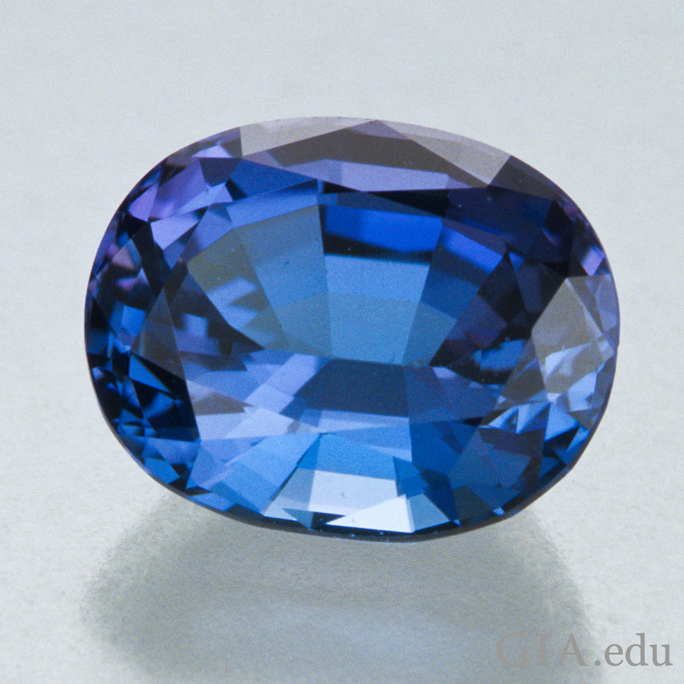 5.50 ct violet-blue oval mix cut tanzanite