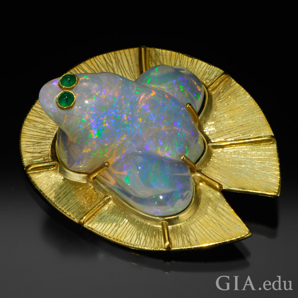 Carved Piauí opals incorporated into Frog Pendant & Brooch