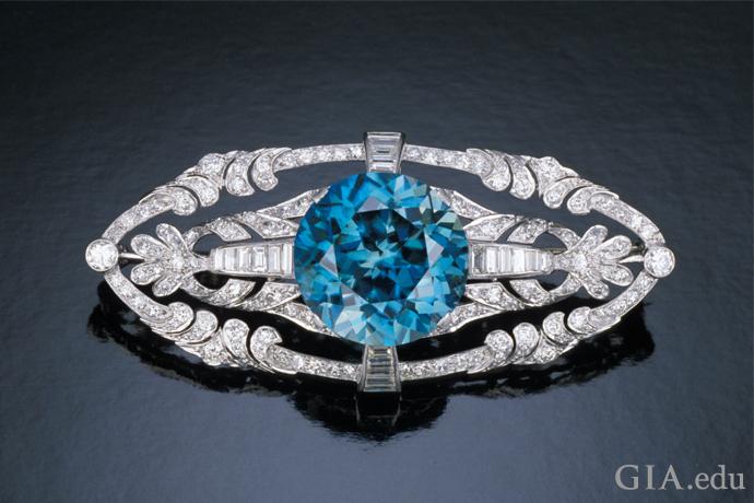Stunning blue zircon brooch.