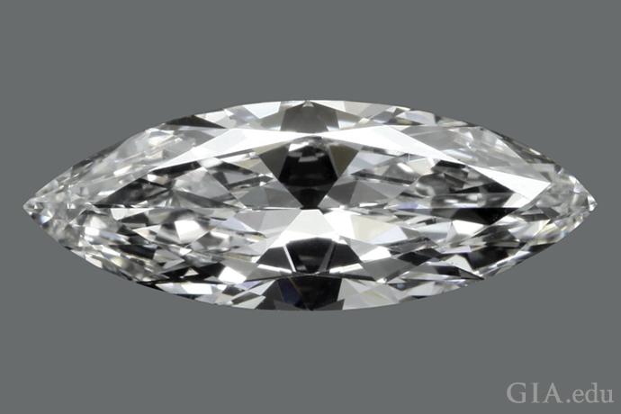 1.75 克拉的马眼形钻石,长宽比为 2.7:1。