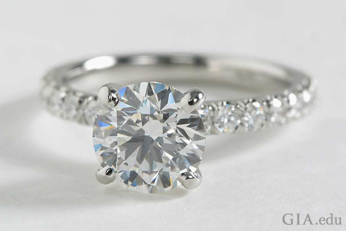 2.50 carat (ct) round diamond platinum engagement ring