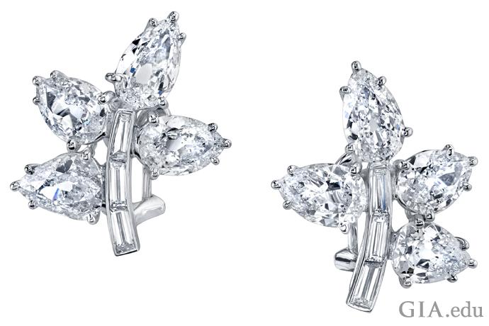 オールドマインカットのダイヤモンドとバゲットカットイヤリング