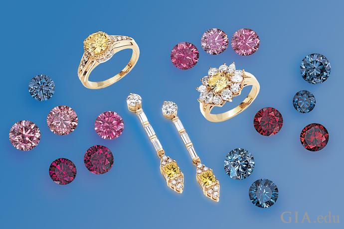 一套镶有黄色 HPHT 实验室制造钻石的珠宝,以及未镶嵌的粉红色、红色和蓝色 HPHT 实验室制造钻石。