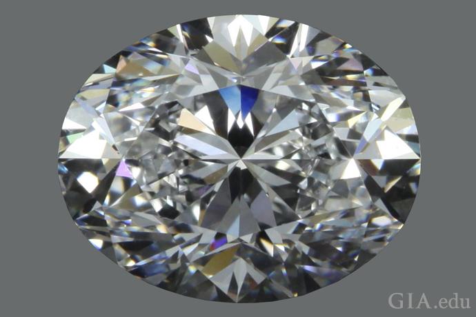 長さ対幅の比が1.26:1の3.01ctのオーバルシェイプ・ダイヤモンド