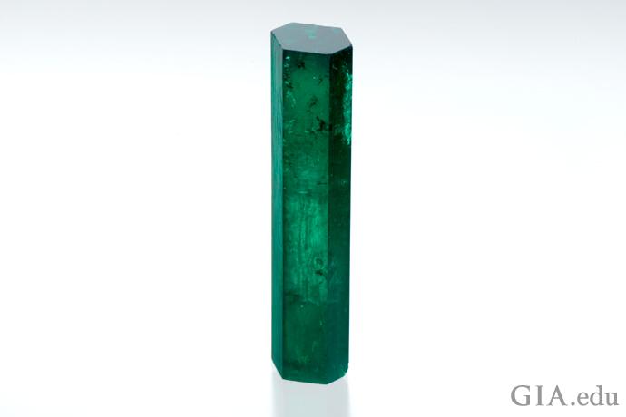 47カラットのエメラルド結晶の原石