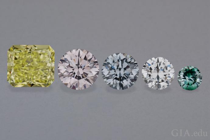 五颗彩钻示范了钻石的相对大小