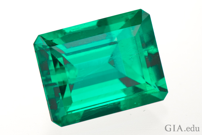 A 4.50 ct polished emerald