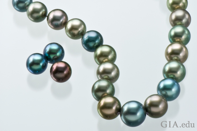 A necklace showing the many colors of Tahitian cultured pearls