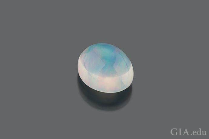 水蛋白石。