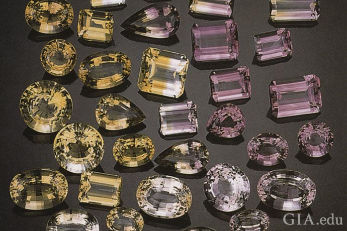 产自玻利维亚安纳西矿的黄水晶、紫水晶和紫黄晶。