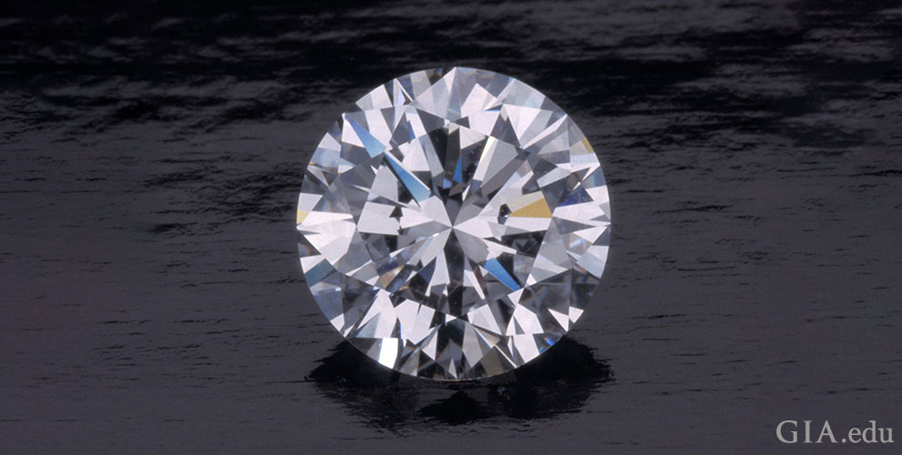 Round brilliant cut diamond, 2.78 ct, D, IF.