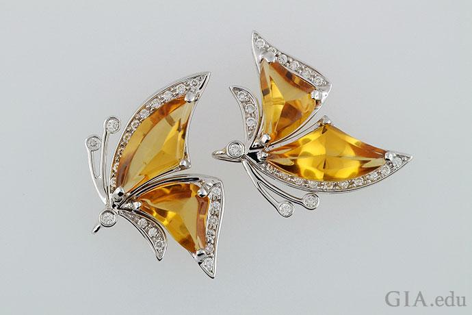 饰有黄水晶和钻石的蝴蝶形耳环