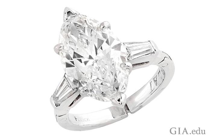 デザイン性の高い形で気品のあるマーキスダイヤモンドには時代を超えた魅力がある。この素晴らしく魅力的な宝石は3.5カラット(ct)である。