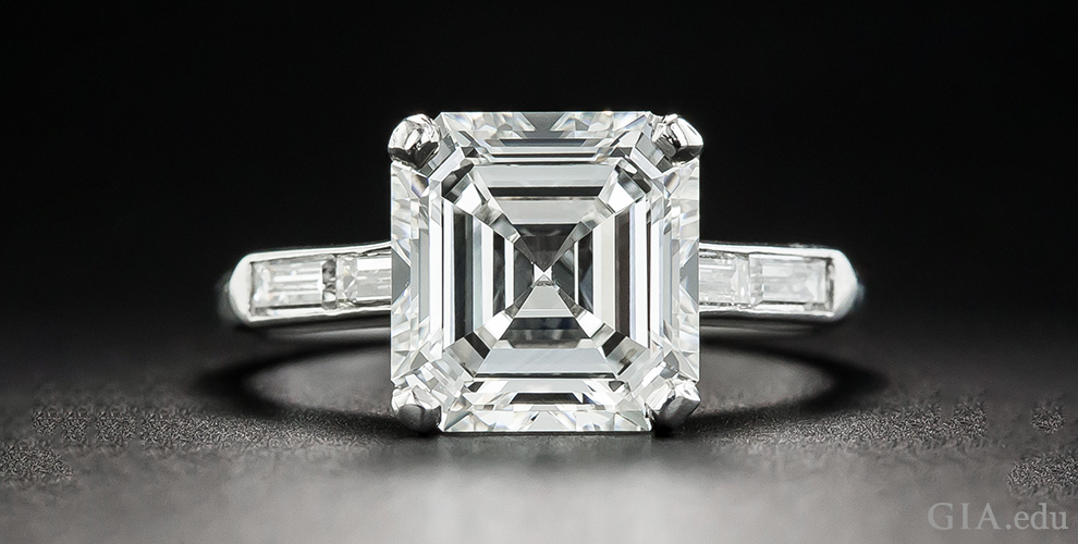 VVS Diamond versus VS Diamond: What's the Difference in Diamond Clarity?