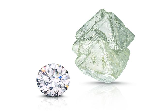 ラウンド ブリリアント石とダイヤモンド八面体