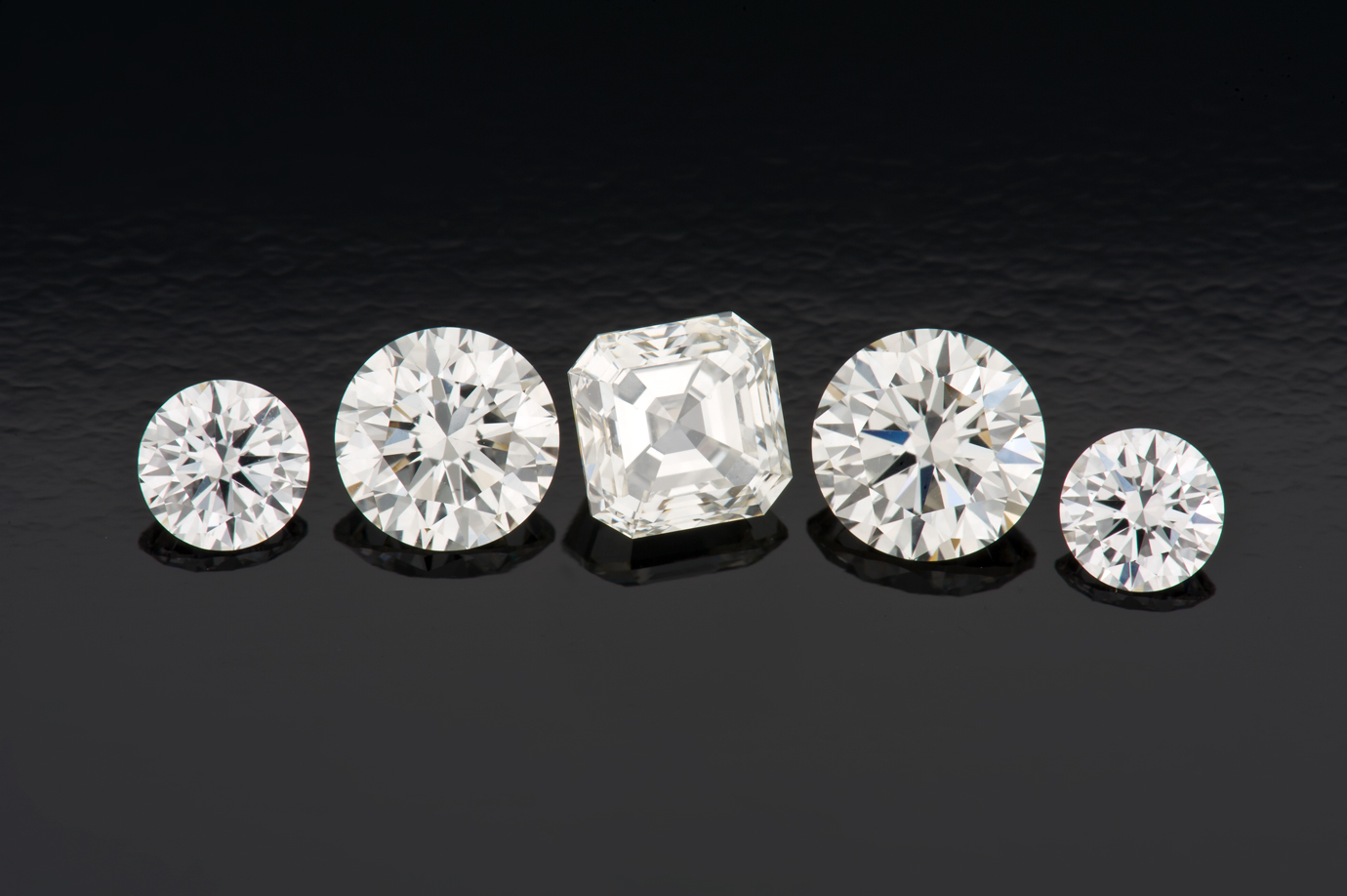 These five CVD synthetic diamonds appear the same to the unaided eye as natural diamonds of comparable quality.