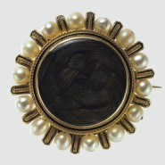 Antique Jewelry: Mourning Jewelry of the Victorian Era